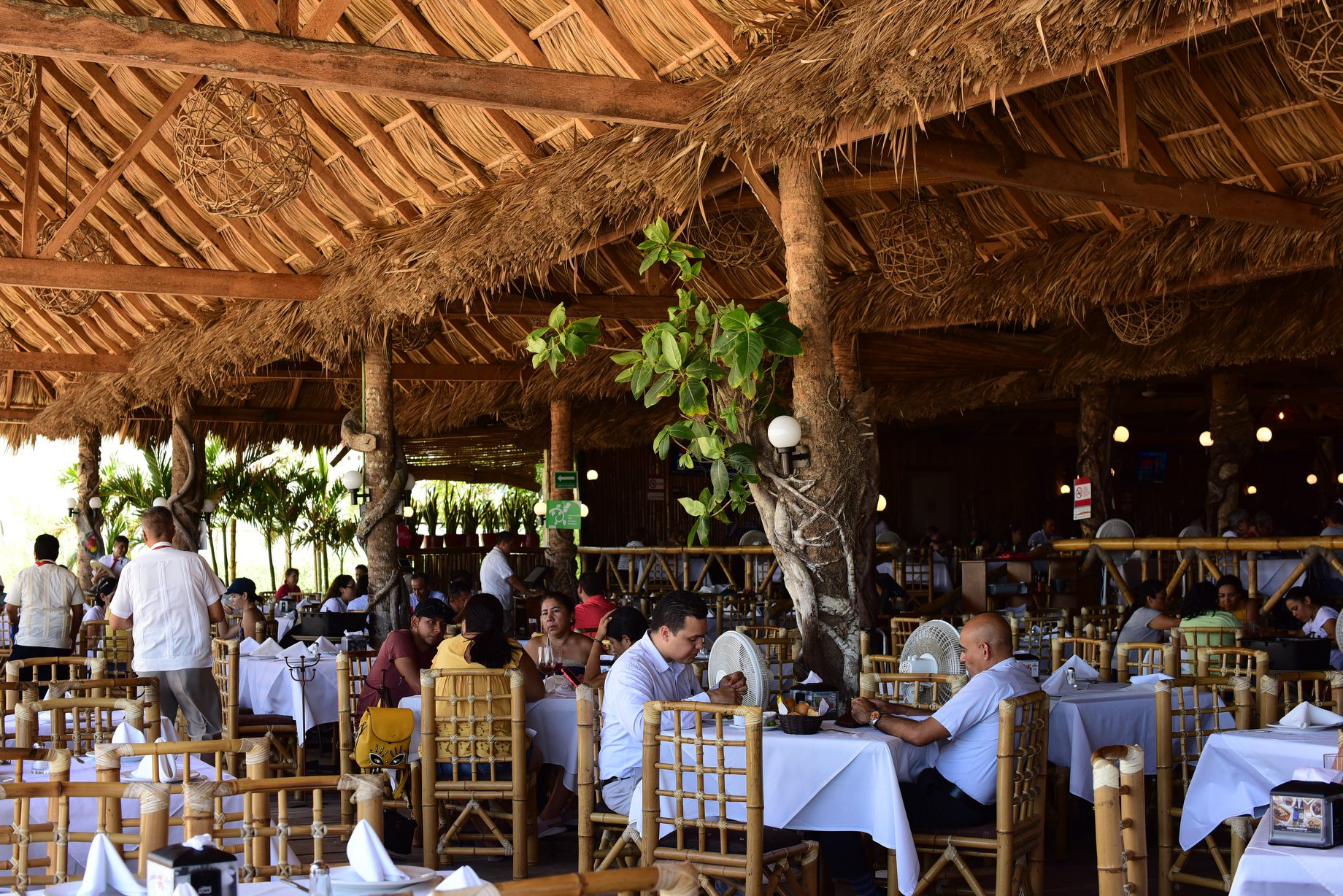 Villa Rica Mocambo - restaurantes boca de rio veracruz
